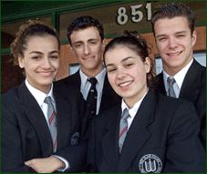 Association pour le port de la tenue scolaire unique - Argument contre le port de l uniforme ...